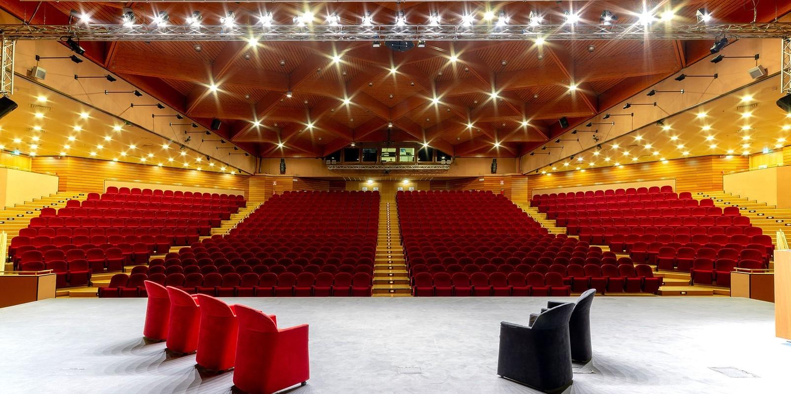 Sala-congressi-Fiera-di-Vicenza-1