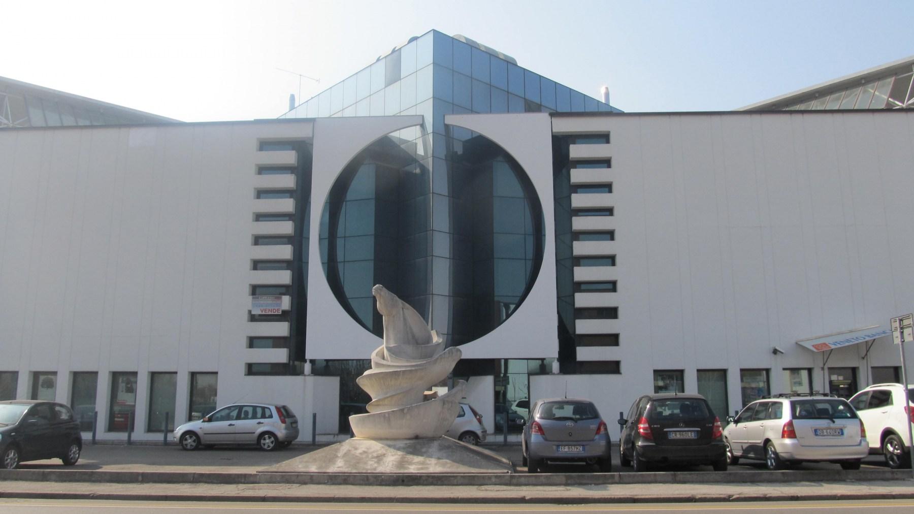 Centro-direzionale-Galleria-Crispi-Vicenza-2