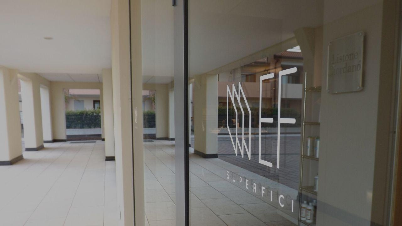 Contatta EF Superfici: il negozio specializzato in pavimenti, rivestimenti e bagni